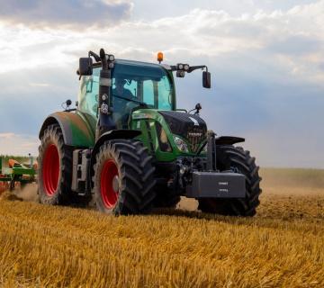 Podsticaji za investicije poljoprivrednih gazdinstava – kupovina traktora
